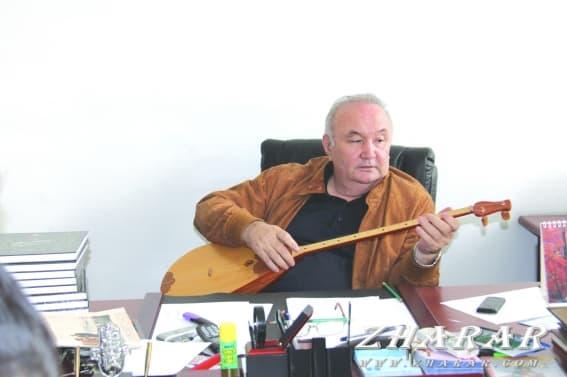Қазақша өлең: Есенғали Раушанов (Махаббат)