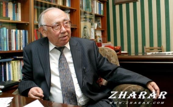 Қазақша реферат: Тұманбай Молдағалиев (1935 - 2011)