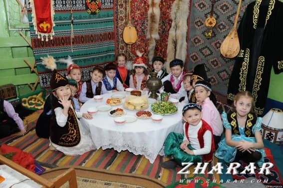 Қазақша шығарма: Салт-дәстүр казакша Қазақша шығарма: Салт-дәстүр на казахском языке