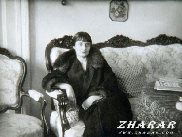 Стихи: Анна Ахматова (Небывалая осень...) казакша Стихи: Анна Ахматова (Небывалая осень...) на казахском языке